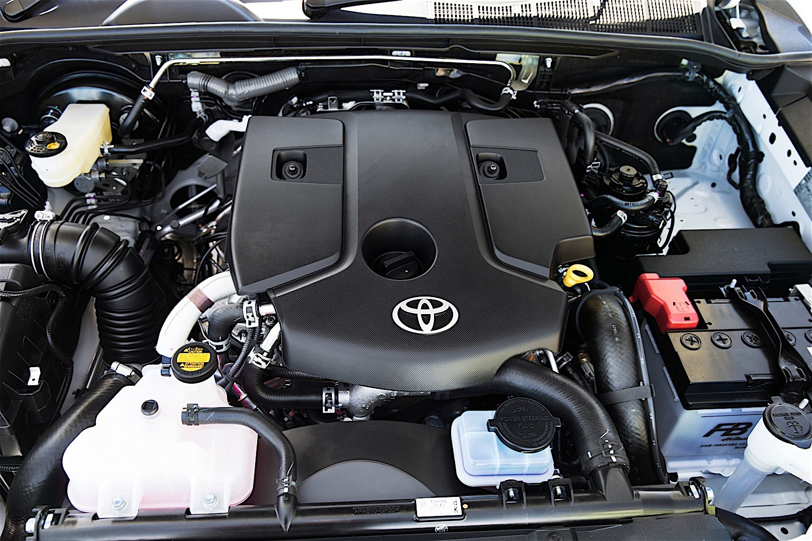 Toyota Hilux Single Cab Specs Amp Photos 2015 2016 2017
