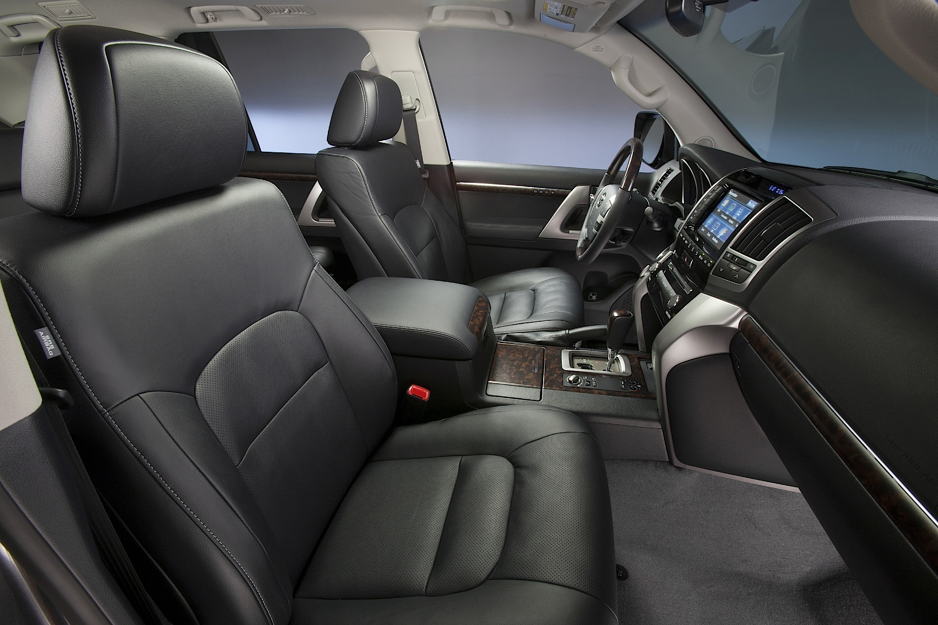 Nd Gen Prius Interior moreover Puntoelx A furthermore Toyota Prius V Prius further Toyota Land Cruiser V besides Toyota Land Cruiser Doors. on toyota prius interior
