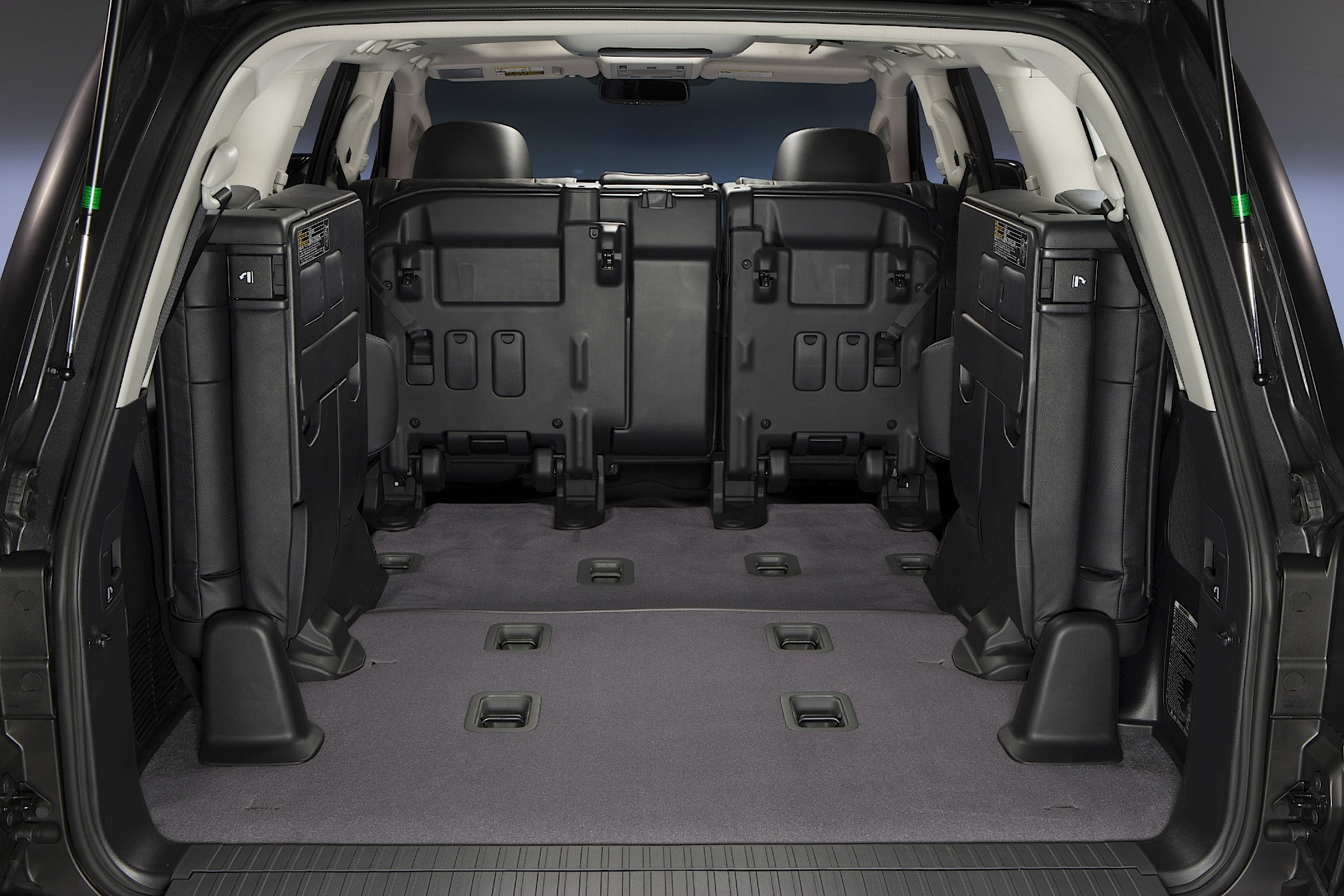 toyota land cruiser 200 v8 specs 2007 2008 2009. Black Bedroom Furniture Sets. Home Design Ideas