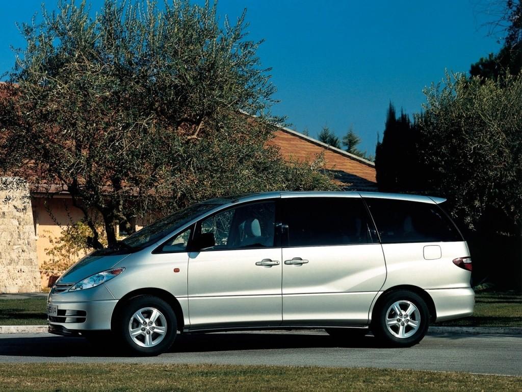 Toyota Previa Specs Amp Photos 2000 2001 2002 2003