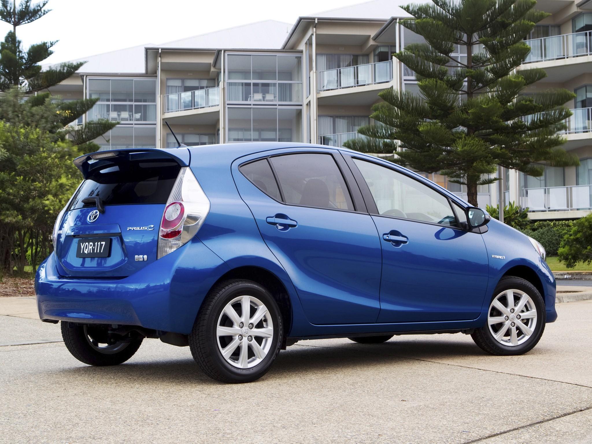 Toyota Prius C Aqua 2012 2013 2014 2015 Autoevolution