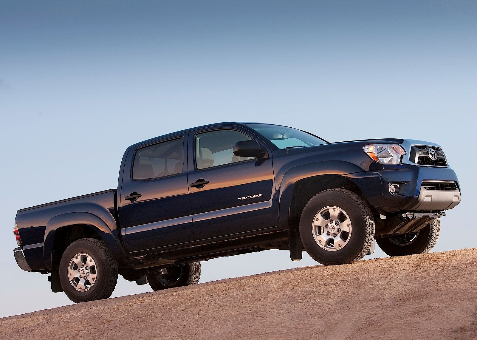 toyota tacoma double cab specs 2011 2012 2013 2014. Black Bedroom Furniture Sets. Home Design Ideas