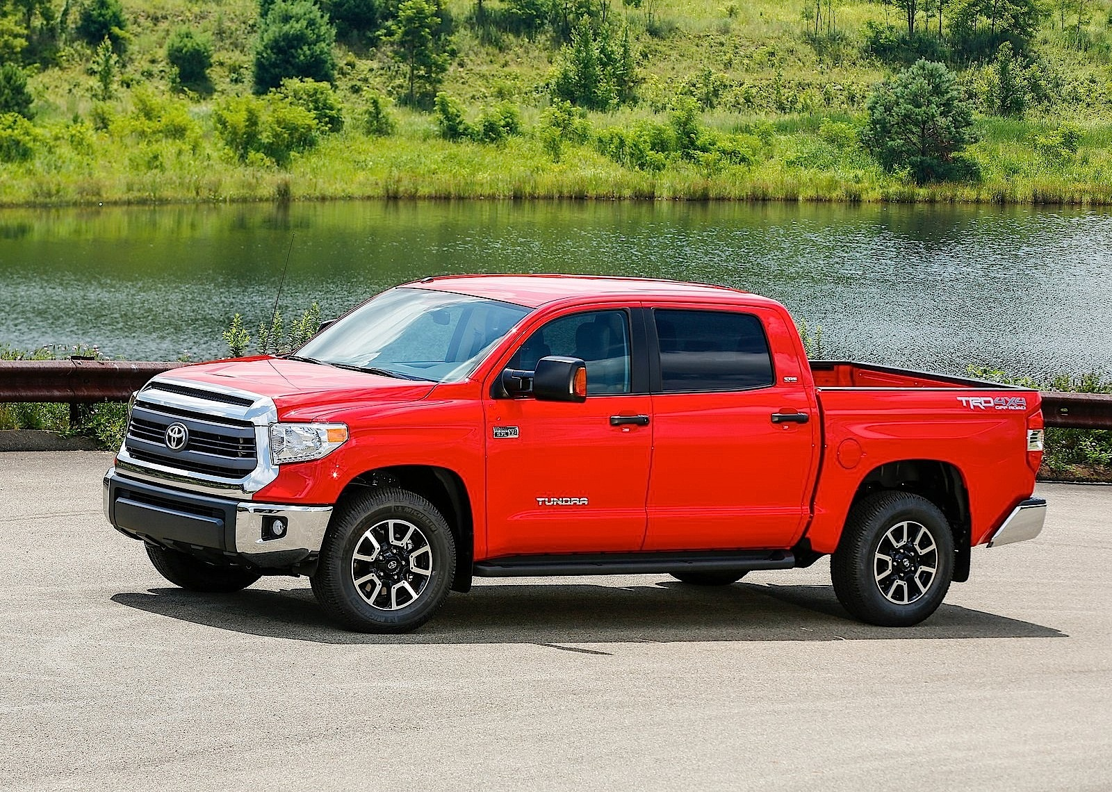 2017 Toyota Tundra Trd Pro >> TOYOTA Tundra Crew Cab specs & photos - 2013, 2014, 2015, 2016, 2017, 2018, 2019, 2020 ...