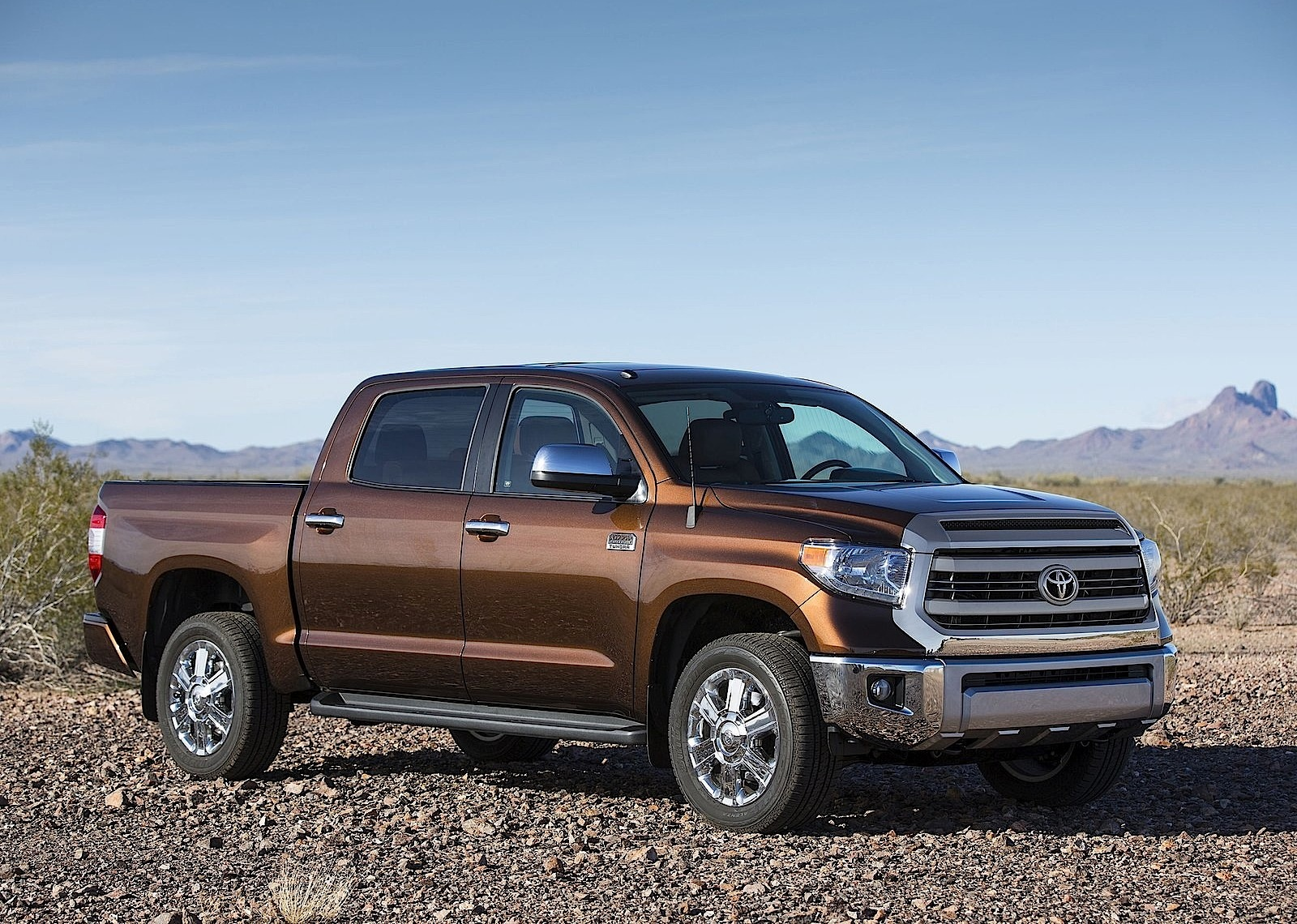 Exceptional TOYOTA Tundra Crew Cab (2013   Present) ...