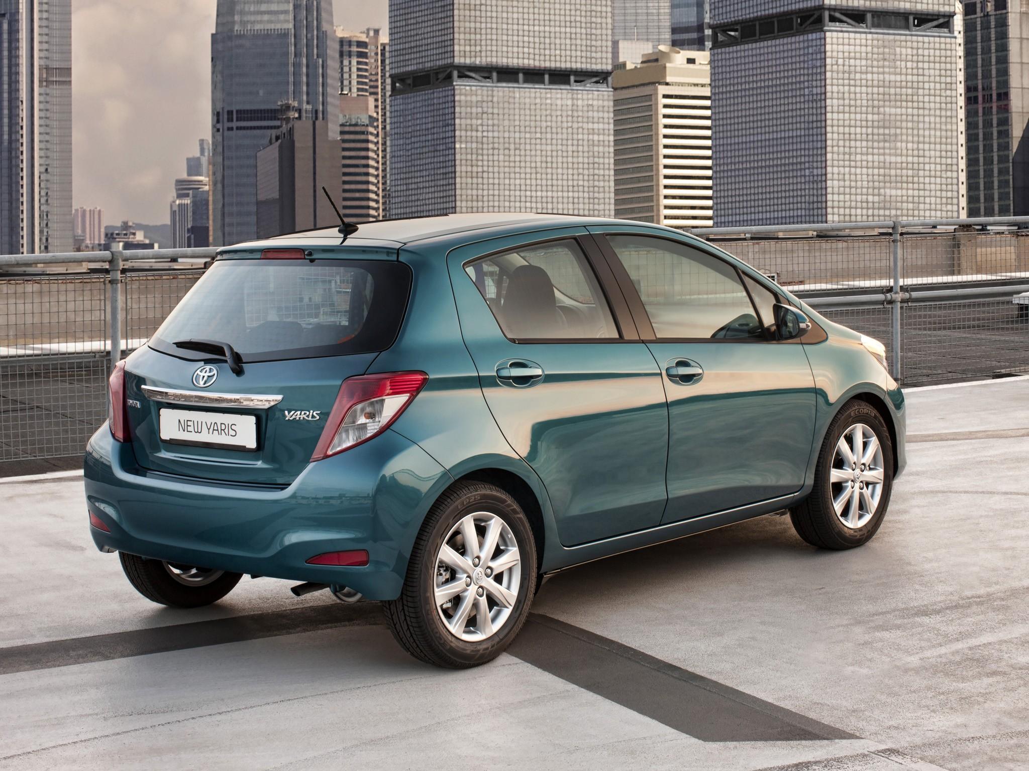Five Star Toyota >> TOYOTA Yaris 5 Doors specs & photos - 2011, 2012, 2013, 2014 - autoevolution