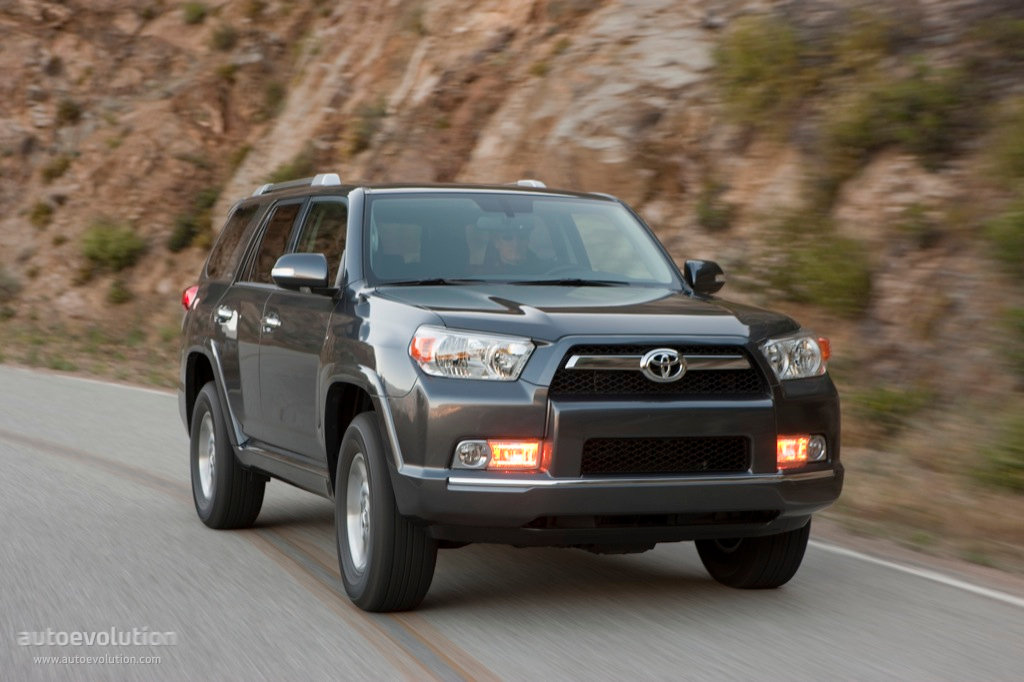 toyota 4runner specs 2009 2010 2011 2012 2013 autoevolution. Black Bedroom Furniture Sets. Home Design Ideas