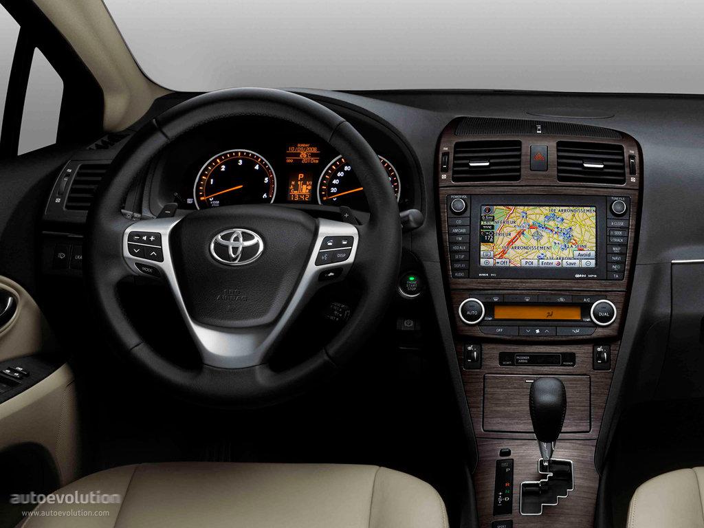 Тойота авенсис 2010 фото