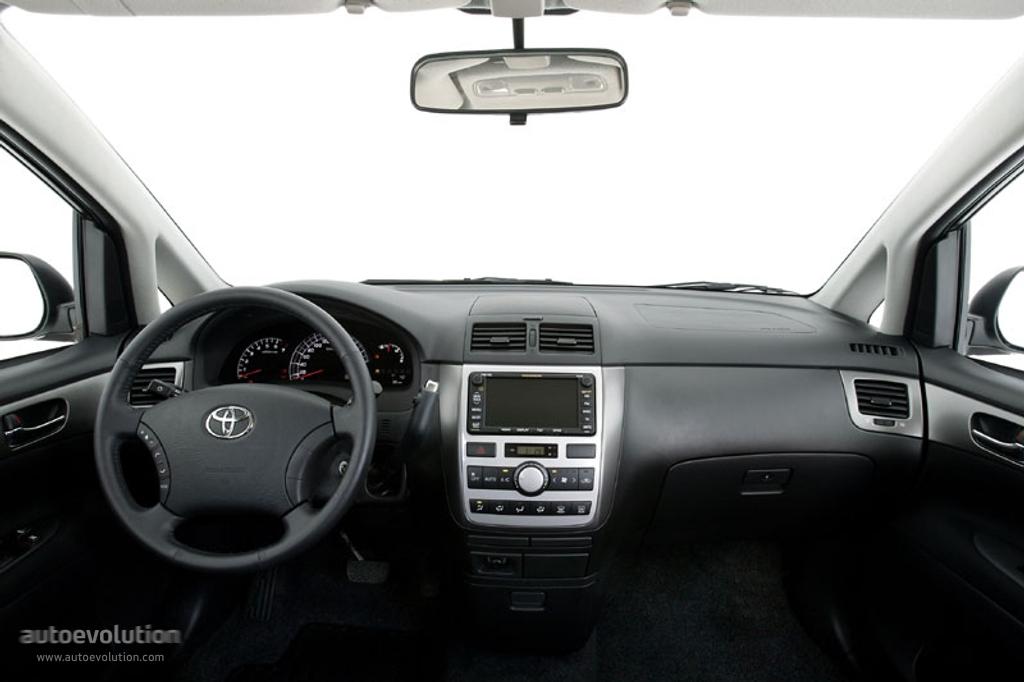 Toyota Avensis Verso Specs Amp Photos 2003 2004 2005