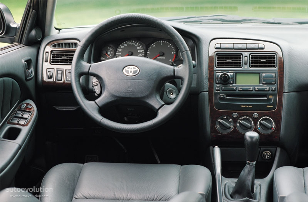 Toyota Avensis Wagon Specs Amp Photos 2000 2001 2002