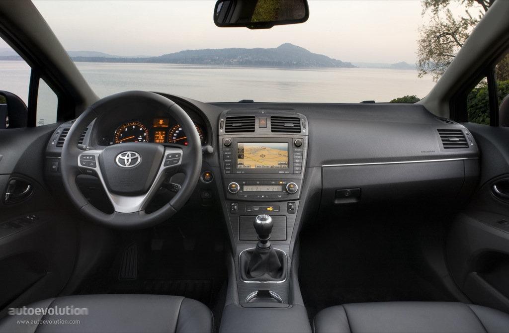 Toyota Avensis Wagon Specs Amp Photos 2009 2010 2011