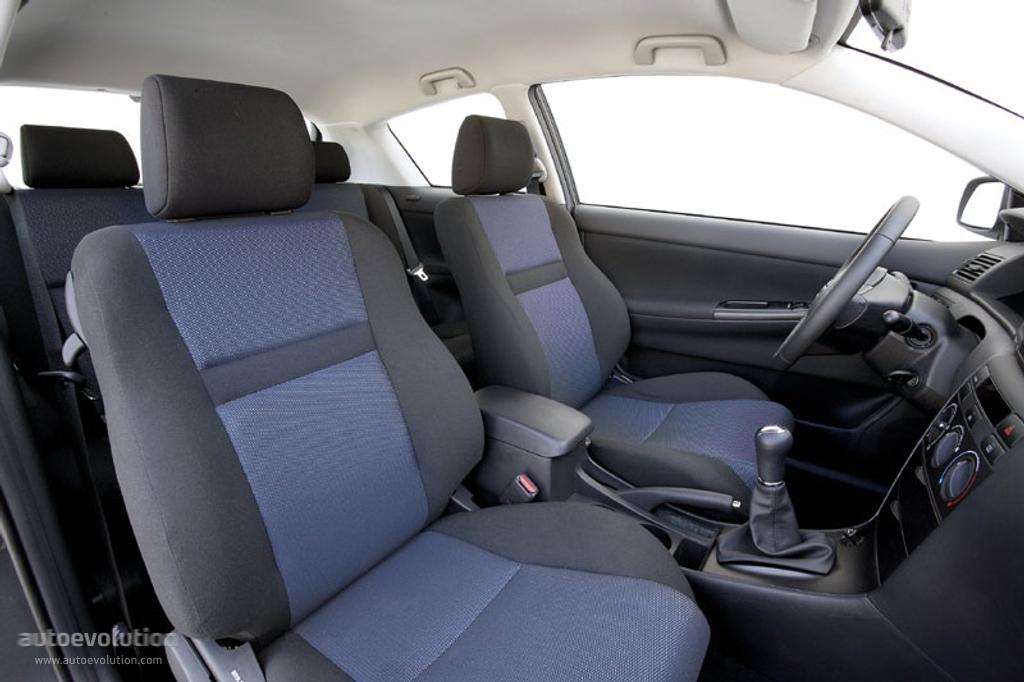 2005 Toyota Corolla Ce >> TOYOTA Corolla Sedan specs - 2004, 2005, 2006, 2007 - autoevolution