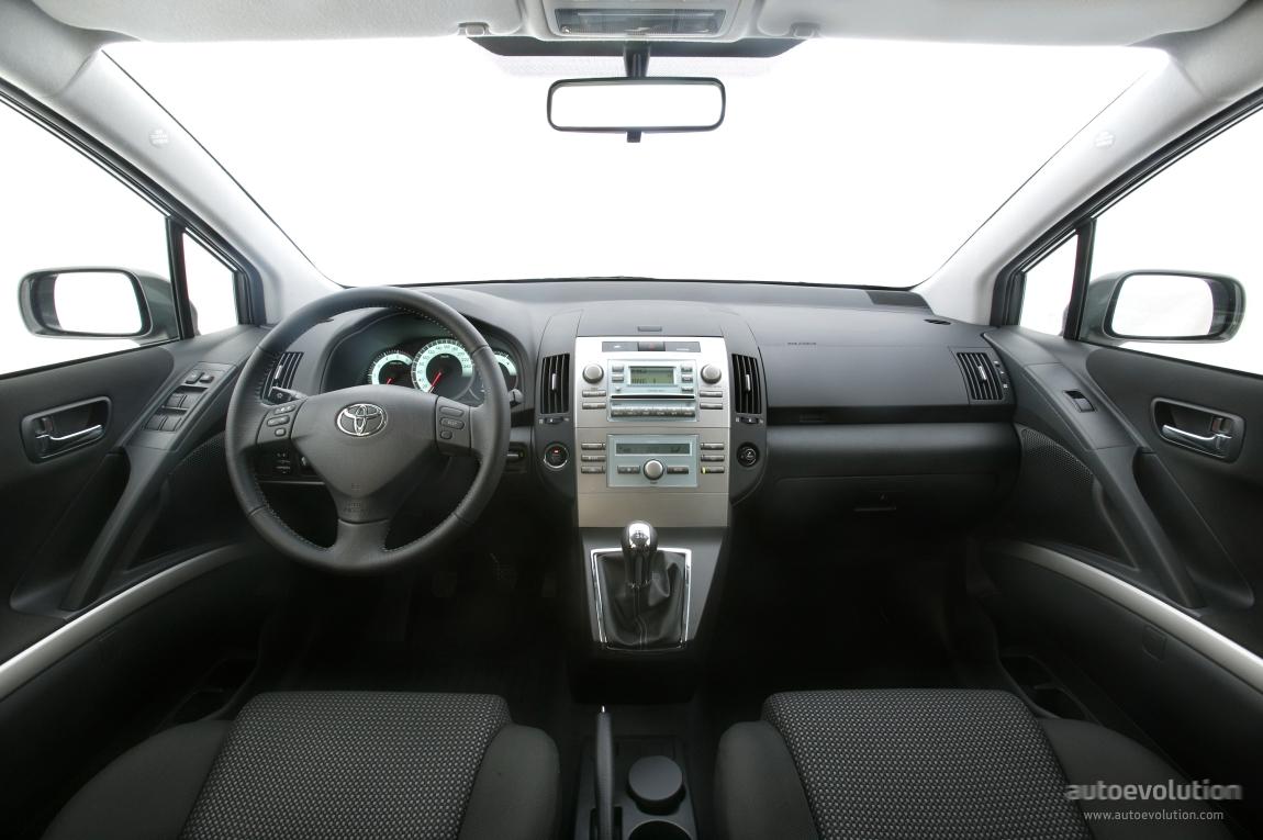 Toyota Corolla Verso 2004 2005 2006 2007 Autoevolution