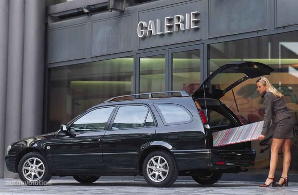 TOYOTA Corolla Wagon - 2000, 2001, 2002 - autoevolution