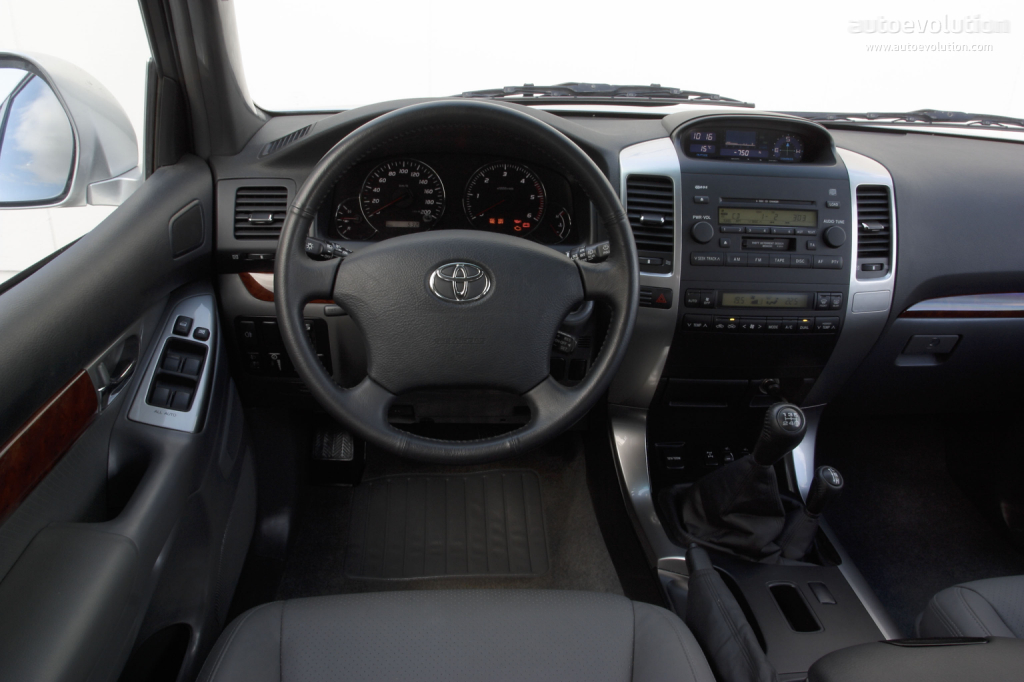 Toyota Tundra Diesel >> TOYOTA Land Cruiser 120 3 Doors specs & photos - 2003 ...