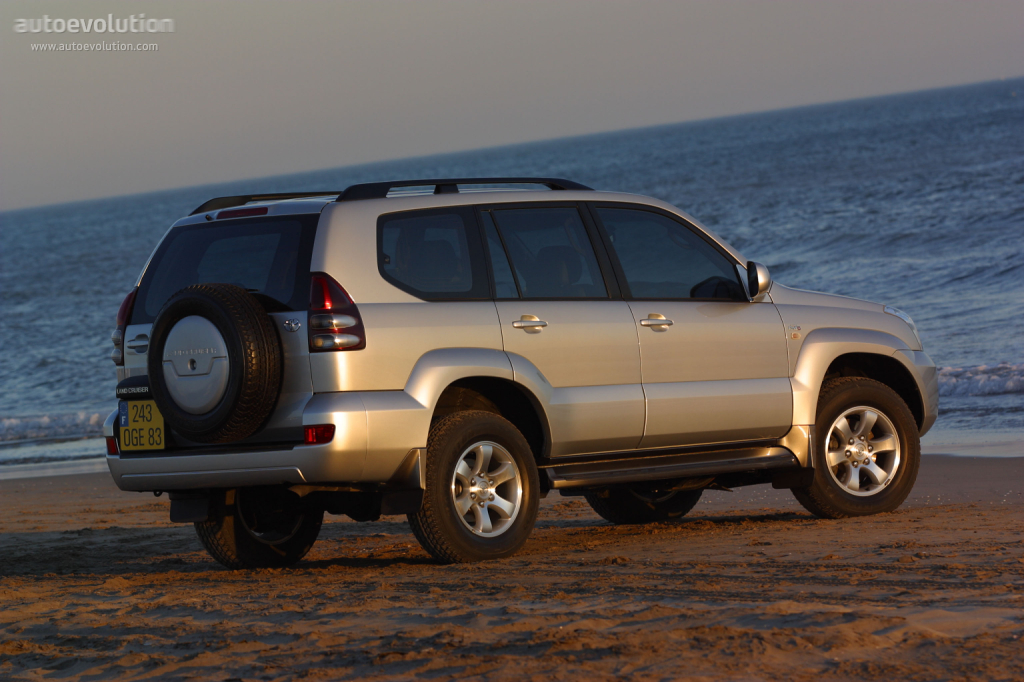 Toyotalandcruiser Sequoia Doors on 2004 Toyota Rav4 Engine