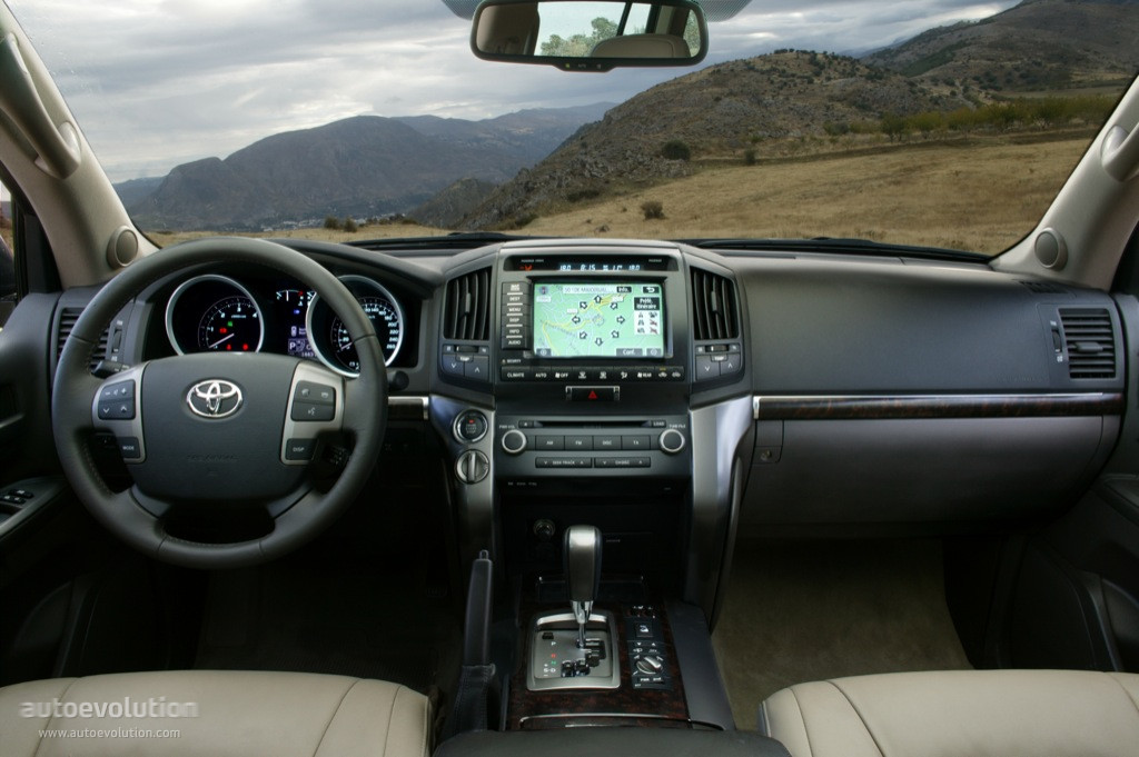 ... TOYOTA Land Cruiser 200 / V8 (2007   2011) ...