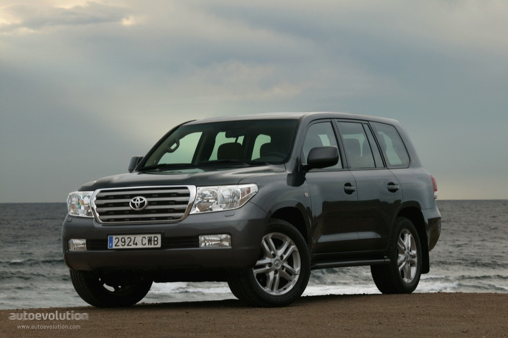 toyota land cruiser 200 дизель 2008 года