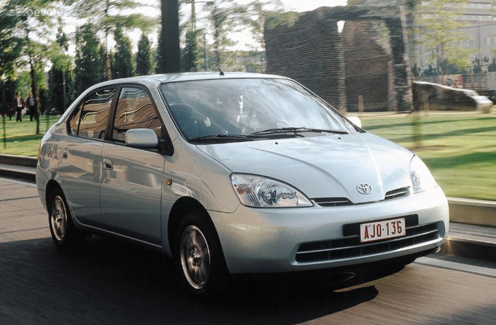 Toyota Prius Specs Amp Photos 1997 1998 1999 2000 2001