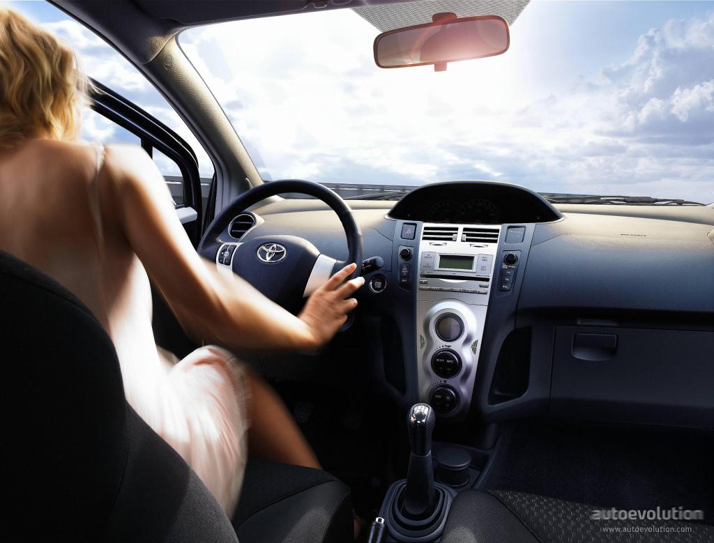 Toyotayaris Doors