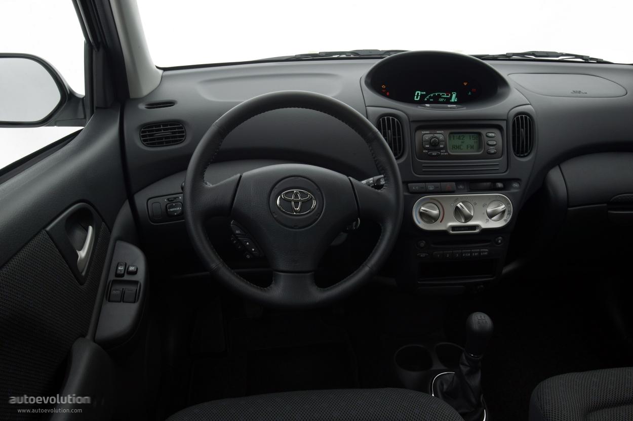 Toyota Yaris Verso 2003 2004 2005 2006 2007