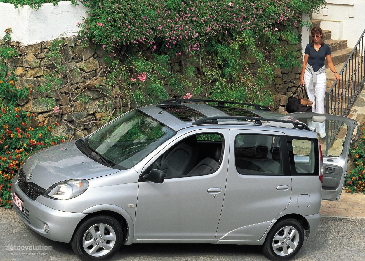 Toyota | Używane auta | Ogłoszenia motoryzacyjne