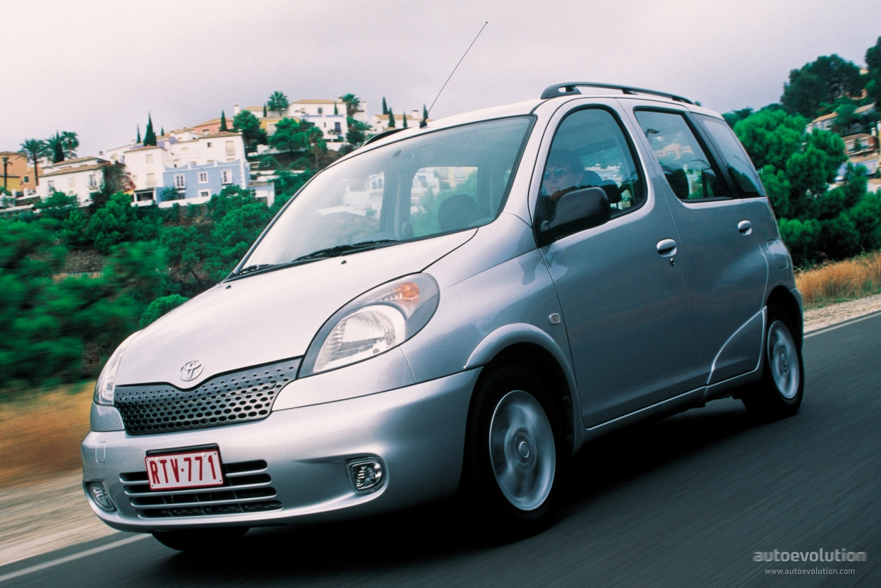 Maxresdefault as well Hqdefault likewise Toyotayarisverso also Yaris Trd Sportivo furthermore Toyotayaris Doors. on 1999 toyota yaris