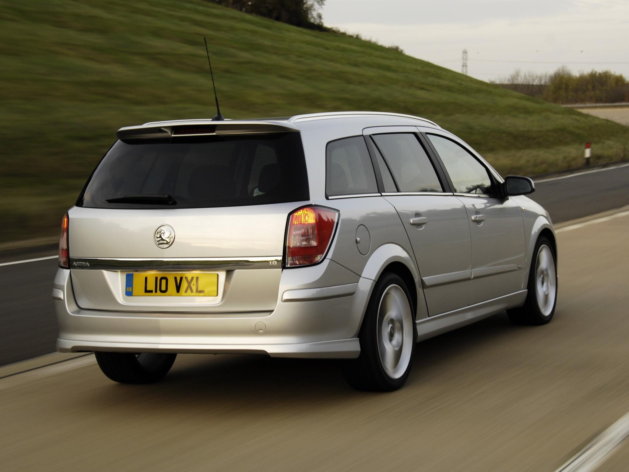 Vauxhall Astra Estate Specs Amp Photos 2004 2005 2006