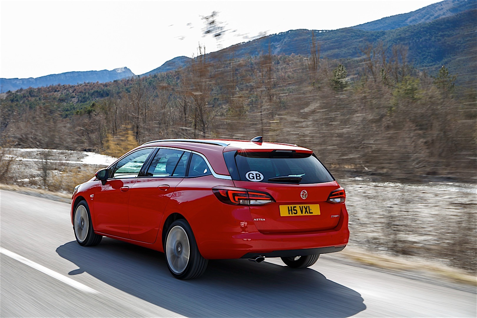 Astra sports tourer -  Vauxhall Astra Sports Tourer 2015 Present