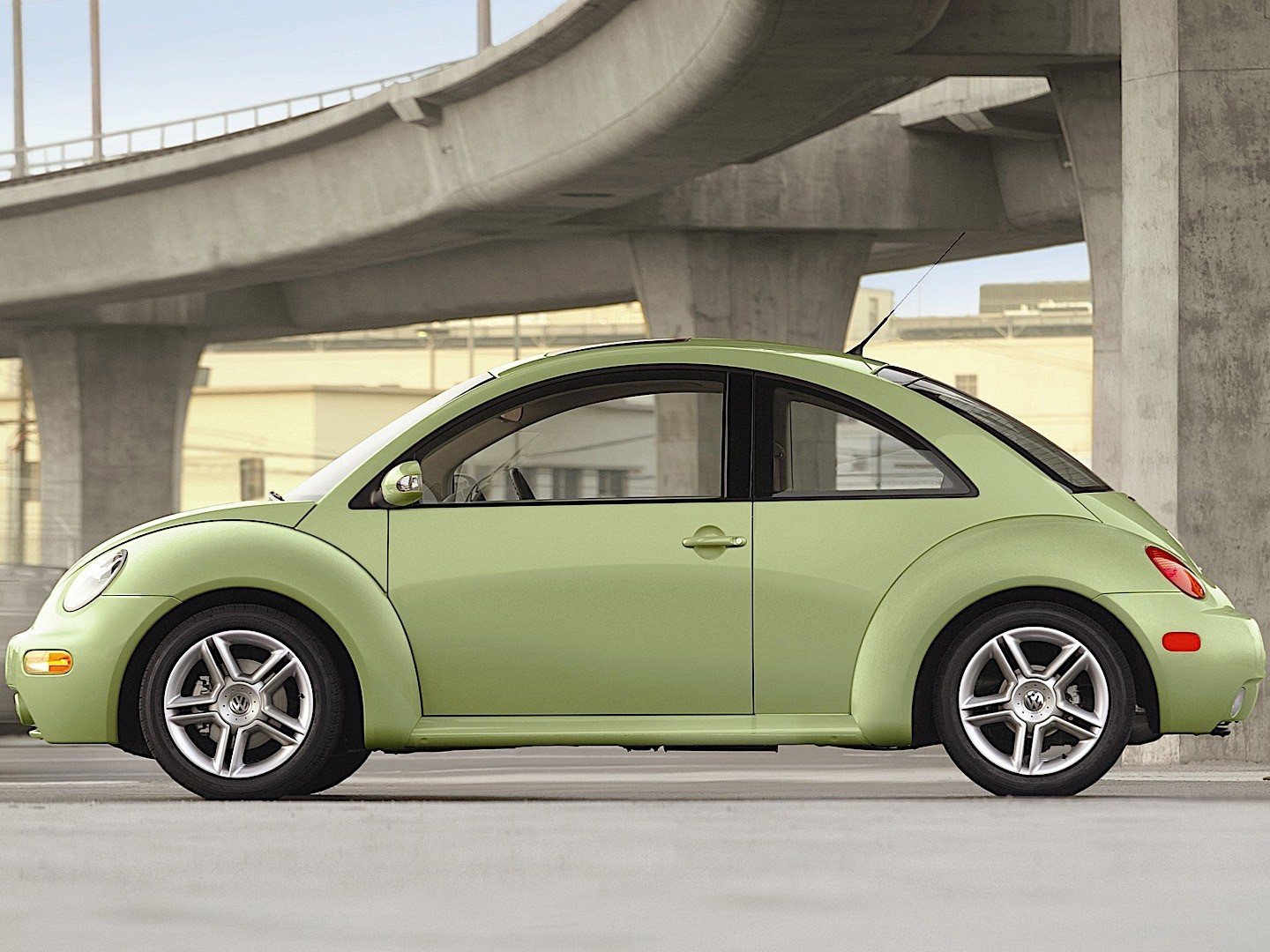 VOLKSWAGEN Beetle specs & photos - 1998, 1999, 2000, 2001, 2002, 2003, 2004, 2005 - autoevolution