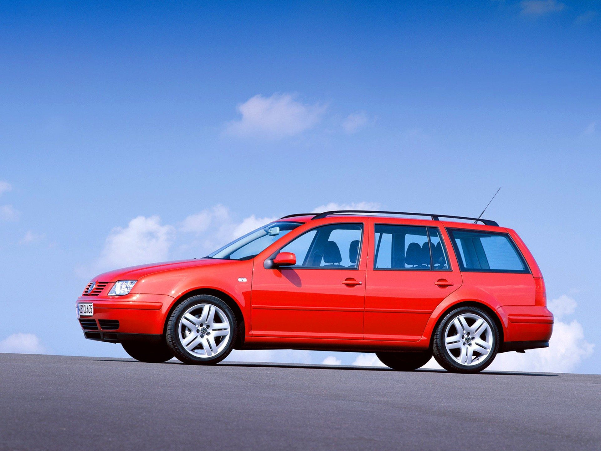 VOLKSWAGEN Bora Variant - 1999, 2000, 2001, 2002, 2003, 2004 - autoevolution