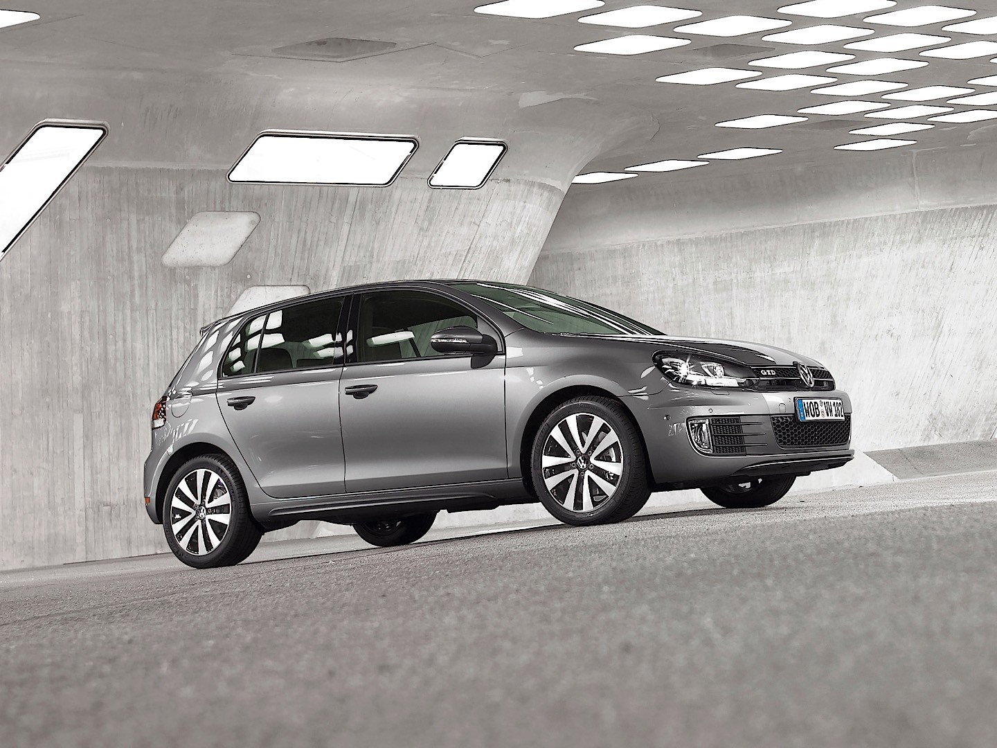 Volkswagen Golf Gtd 5 Doors Specs  U0026 Photos