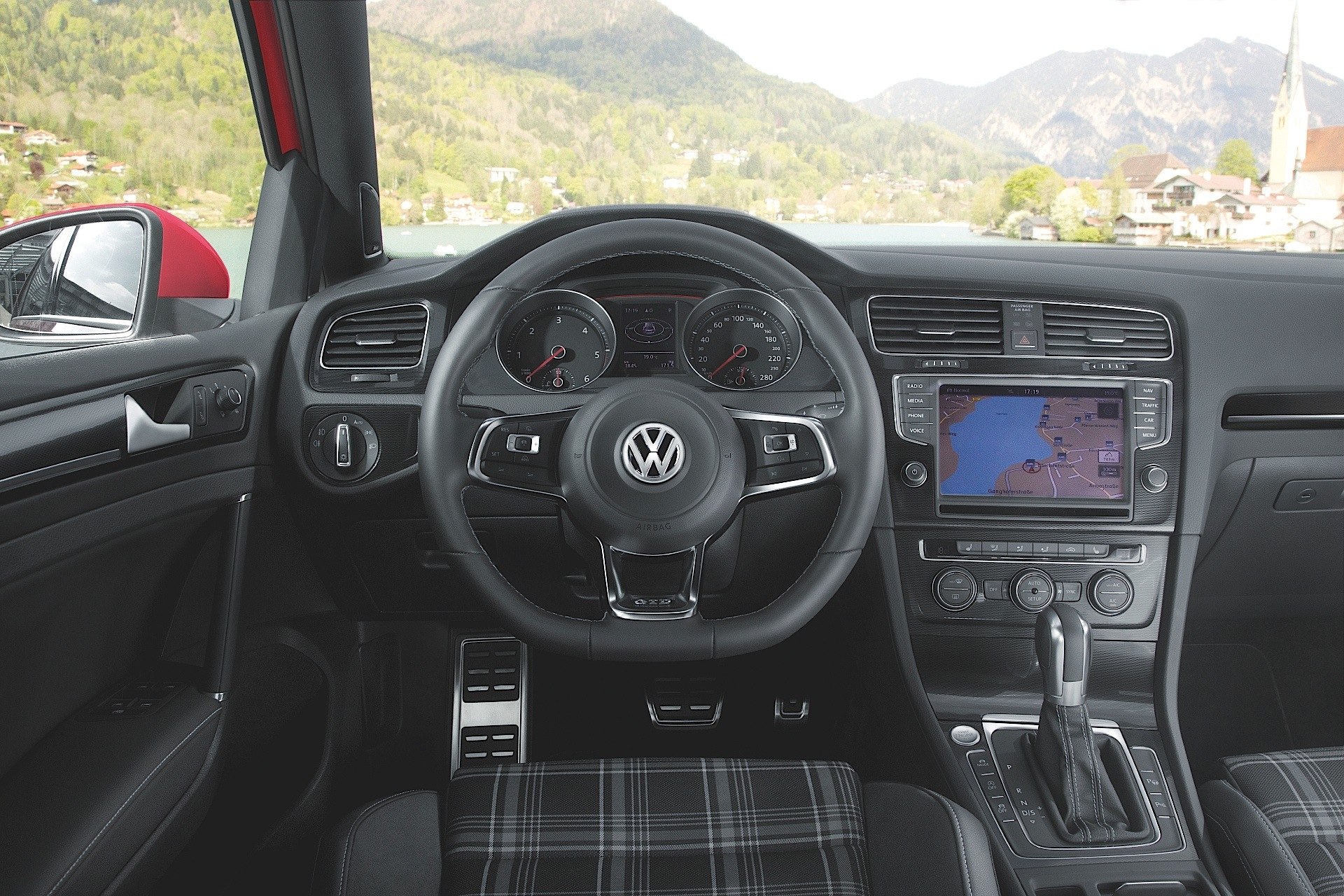 Volkswagen Golf Gtd 5 Doors Specs Amp Photos 2013 2014