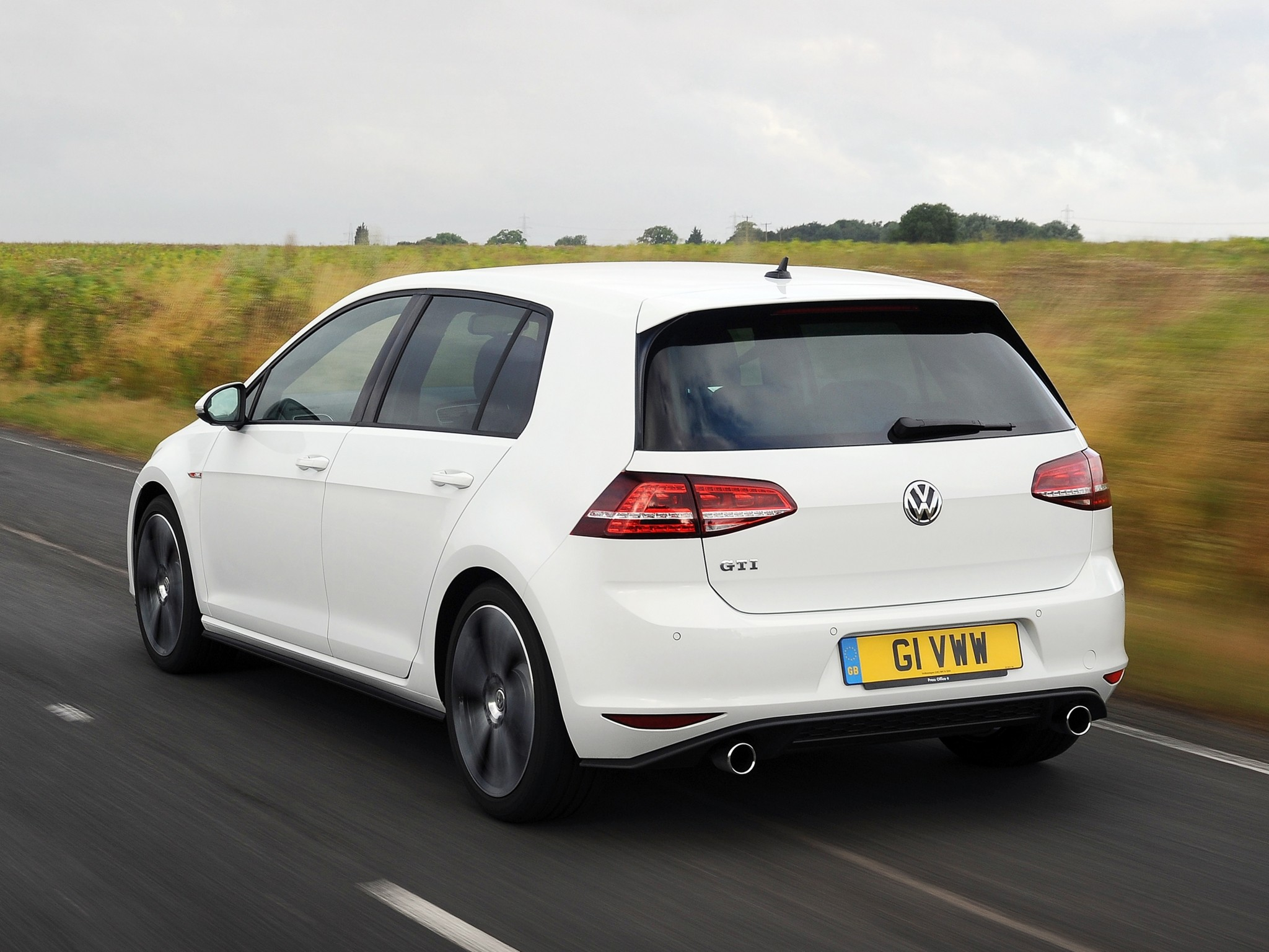difference between vw golf 2013 autos post. Black Bedroom Furniture Sets. Home Design Ideas