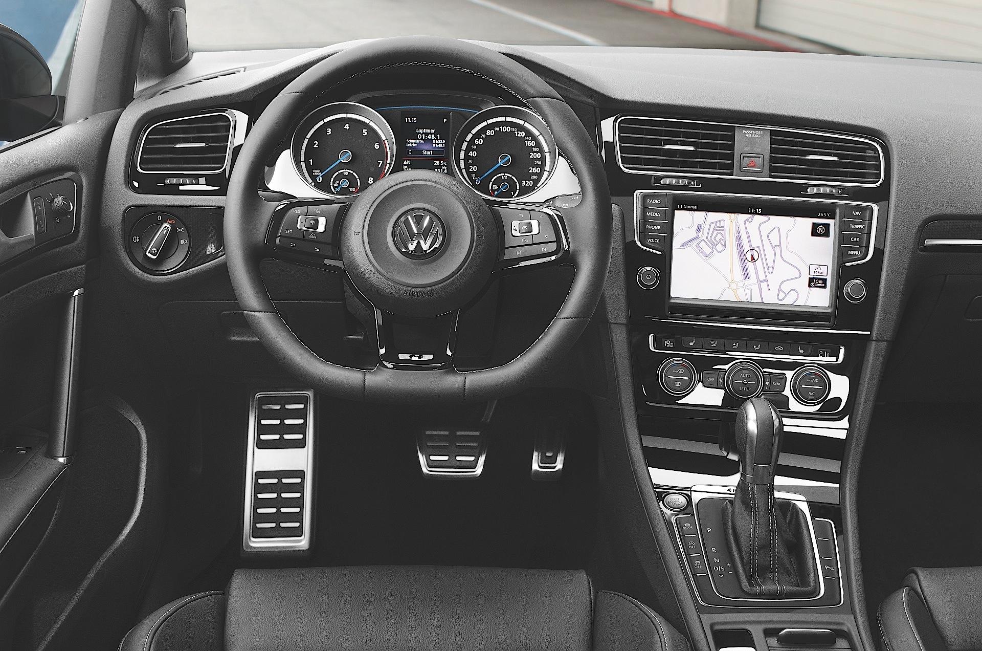 VOLKSWAGEN Golf VII R 3 Doors specs & photos - 2013, 2014, 2015, 2016, 2017 - autoevolution