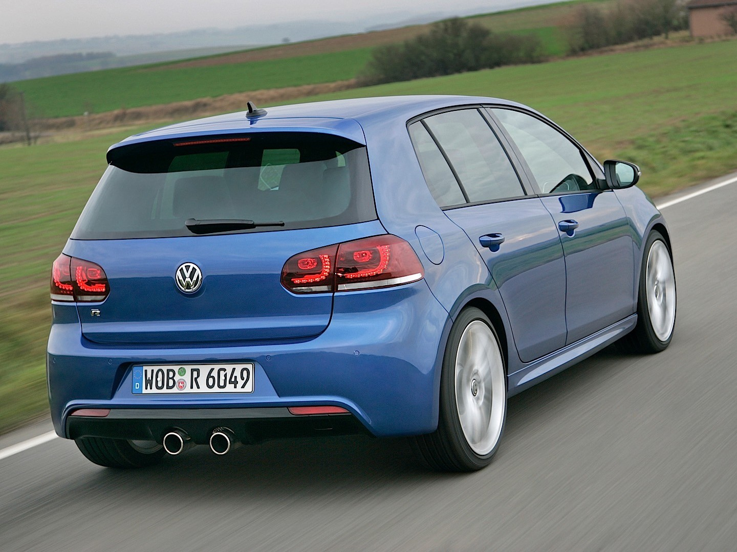 volkswagen golf vi r 5 doors specs 2009 2010 2011. Black Bedroom Furniture Sets. Home Design Ideas