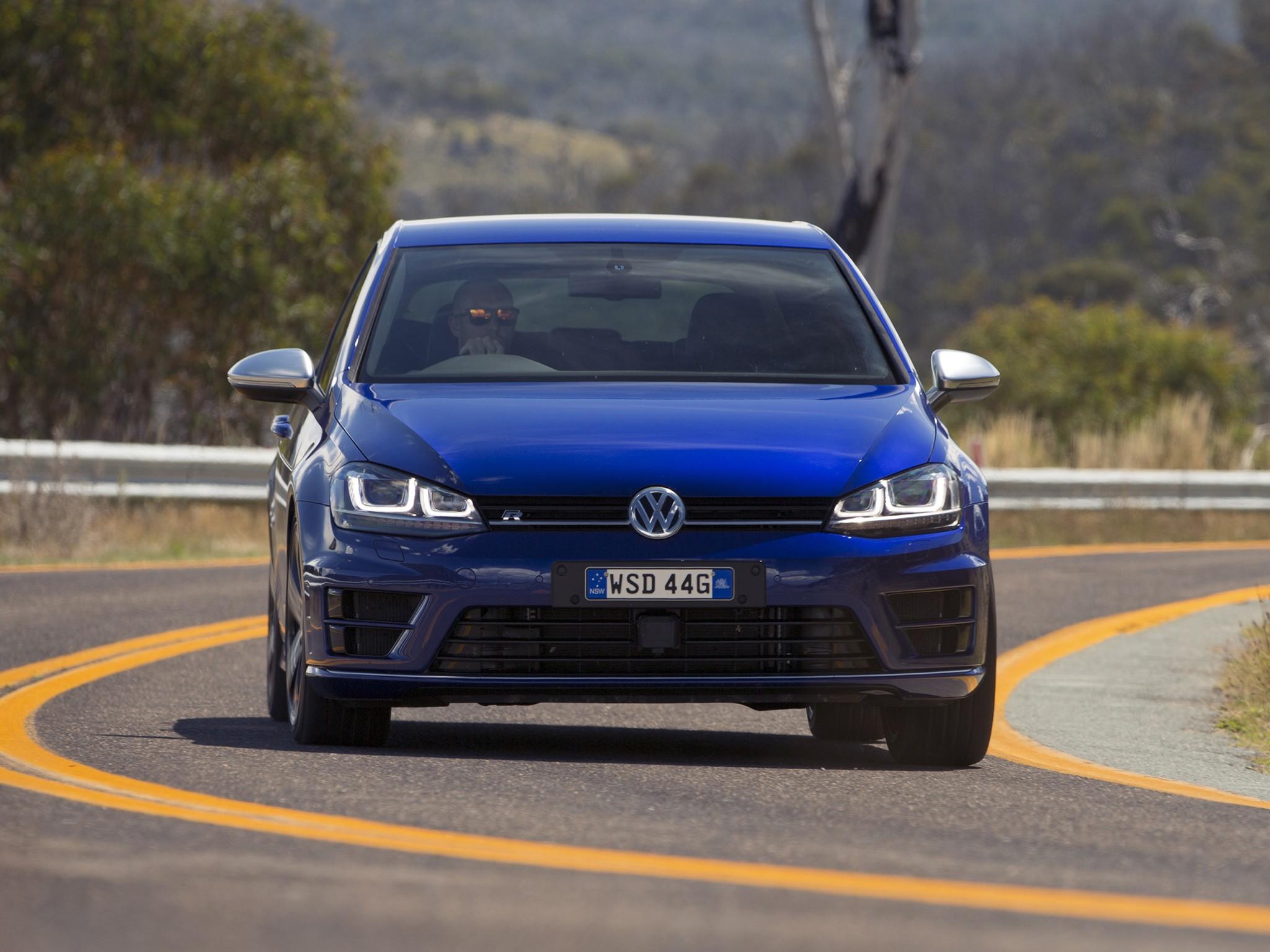 Volkswagen Golf Vii R 5 Doors Specs 2013 2014 2015