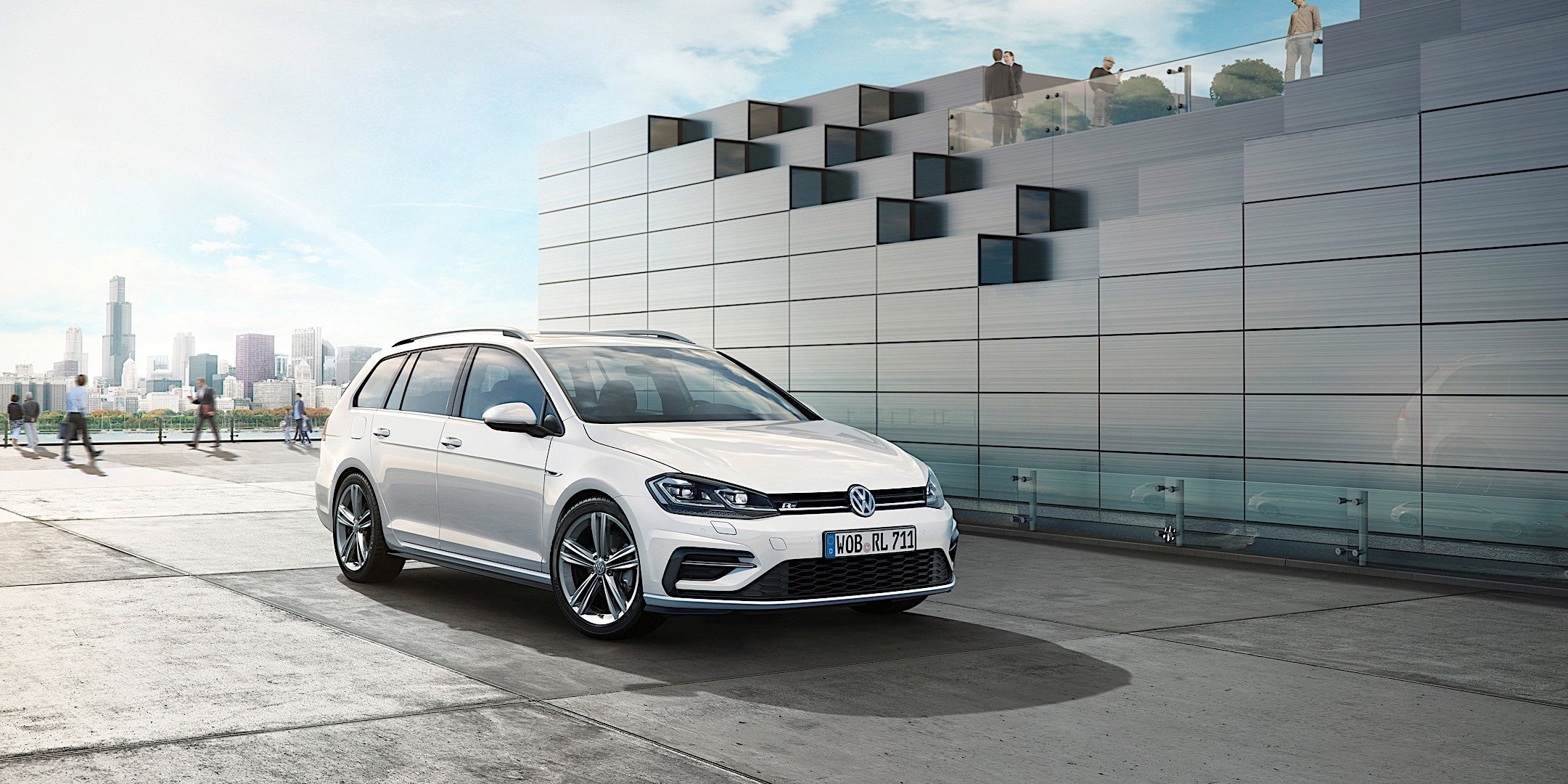 volkswagen golf vii variant specs 2017 2018 autoevolution. Black Bedroom Furniture Sets. Home Design Ideas