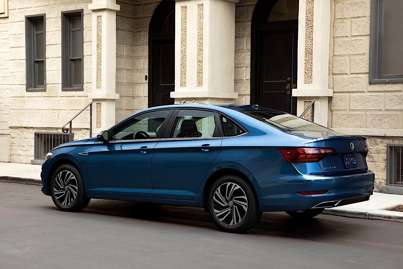 Volkswagen Jetta Specs  U0026 Photos