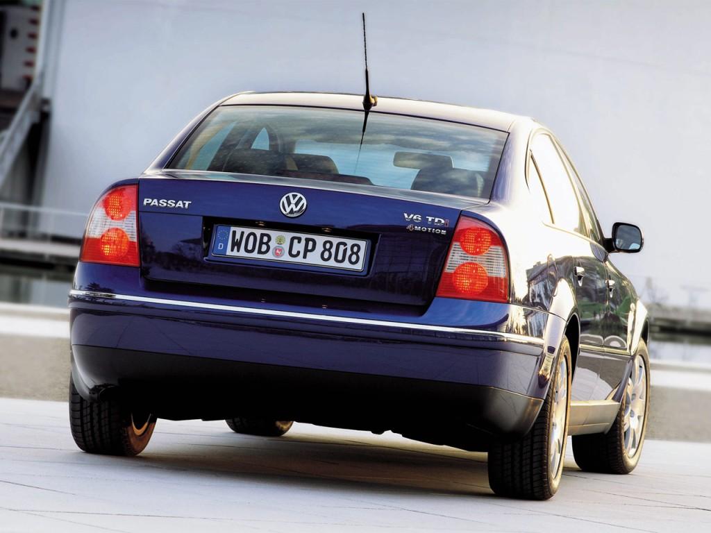 Volkswagen Passat Specs  U0026 Photos