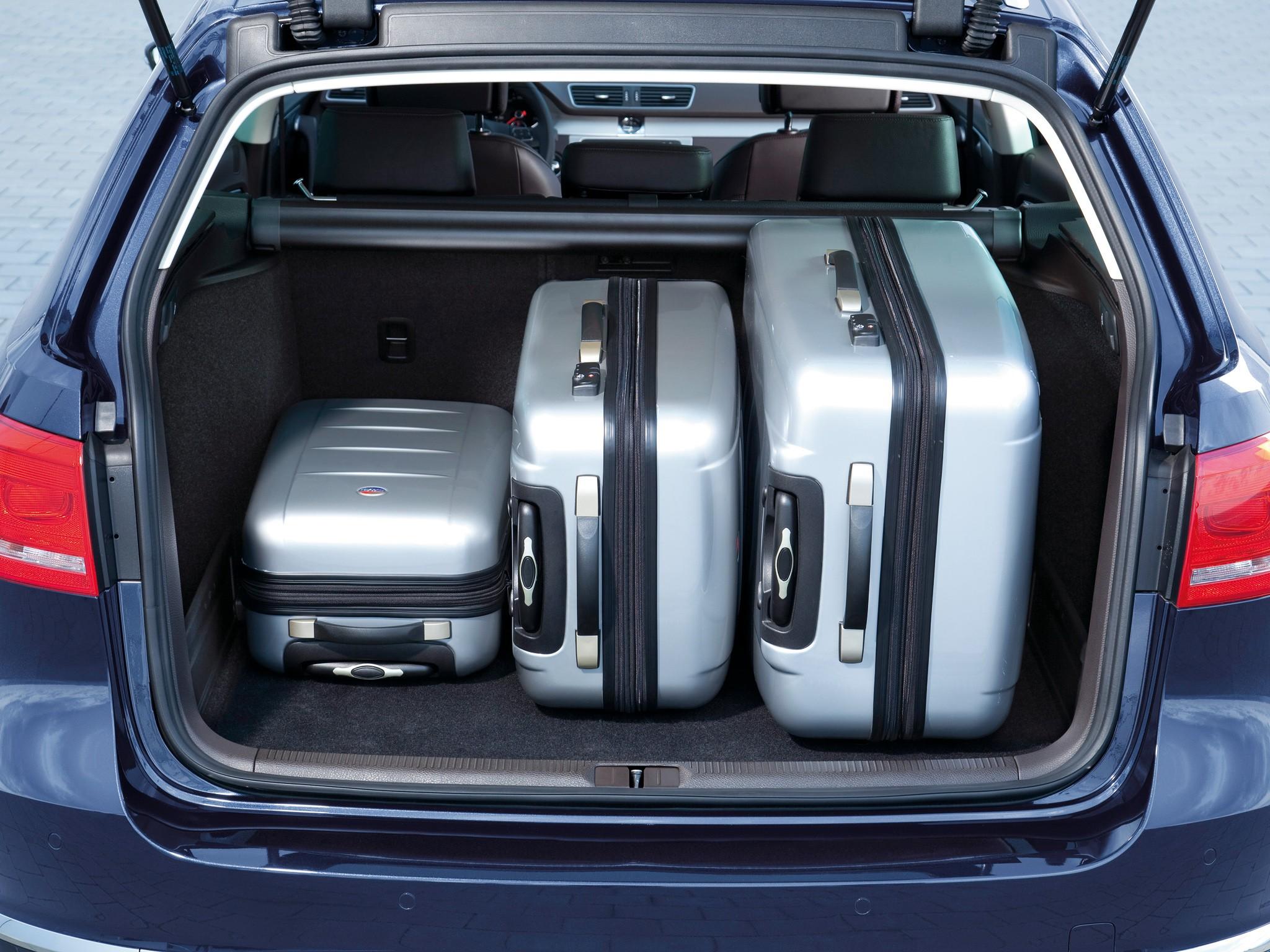 Volkswagen Passat Specs Photos 2010