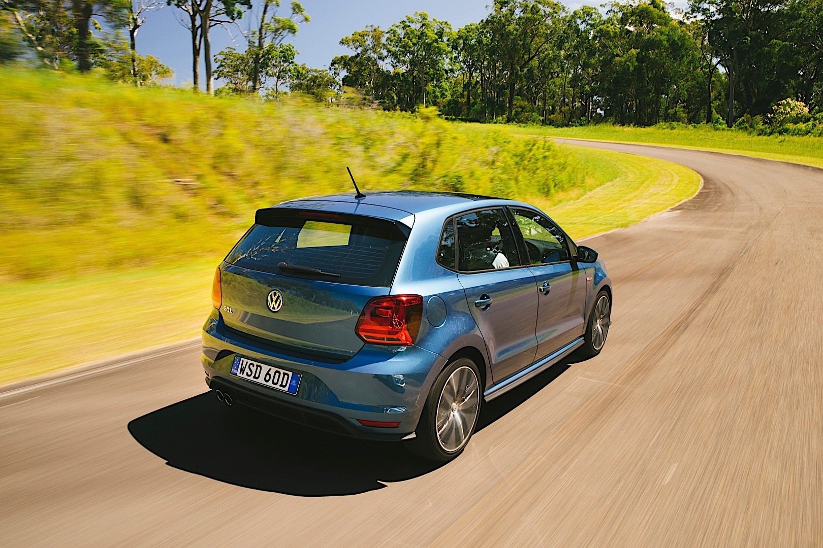 volkswagen polo gti specs photos 2014 2015 2016 2017 autoevolution. Black Bedroom Furniture Sets. Home Design Ideas