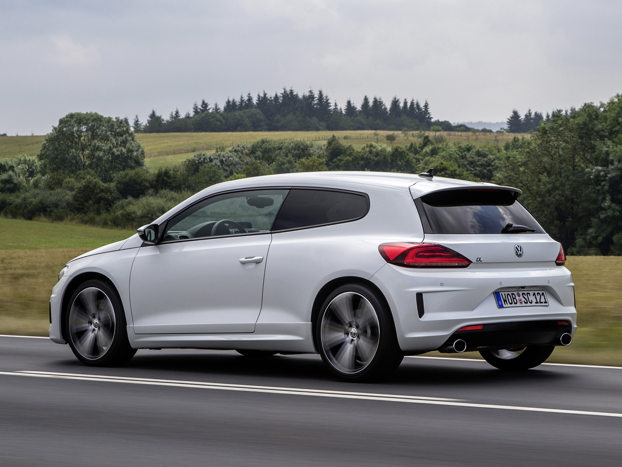 volkswagen scirocco r specs photos 2014 2015 2016 2017 2018 autoevolution. Black Bedroom Furniture Sets. Home Design Ideas