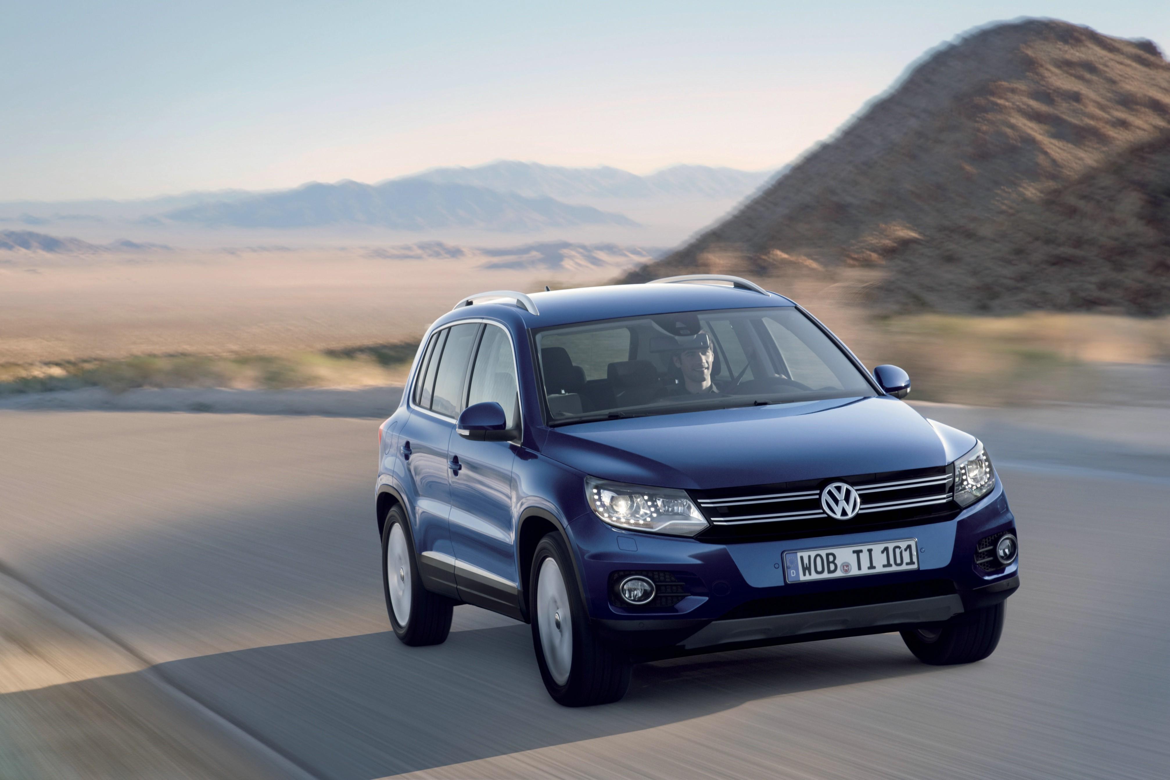 Volkswagen Tiguan Specs Photos 2011 2012 2013 2014 2015 Fuse Box 2016