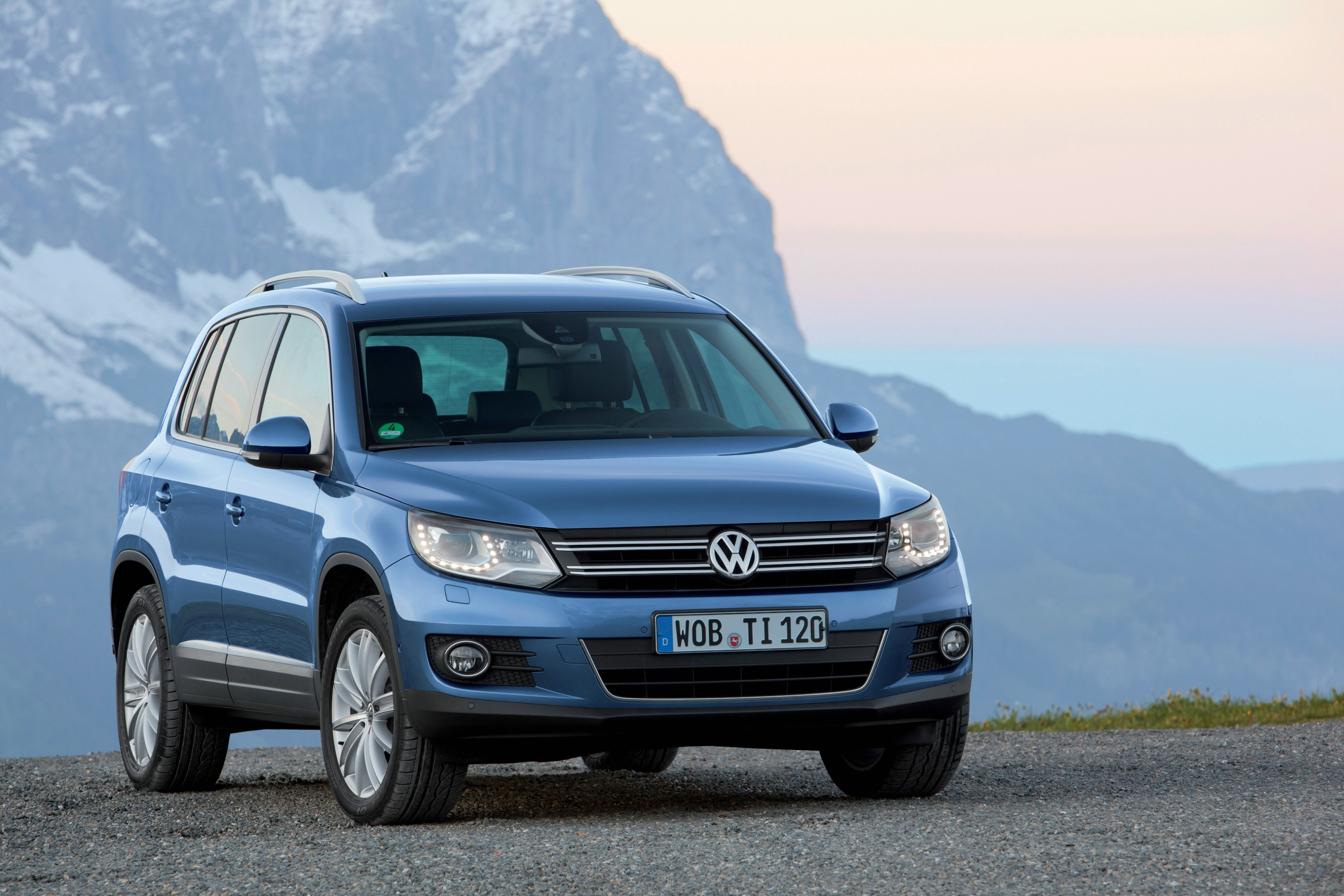 stock car for tiguan volkswagen sale tradecarview used