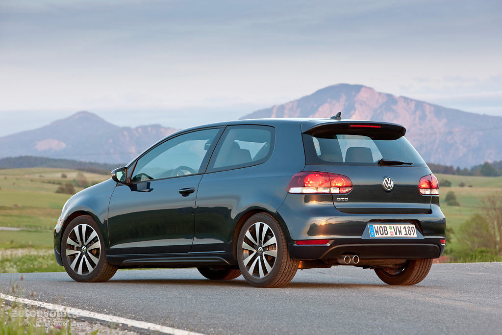 volkswagen golf gtd 3 doors specs 2009 2010 2011 2012 2013 autoevolution. Black Bedroom Furniture Sets. Home Design Ideas