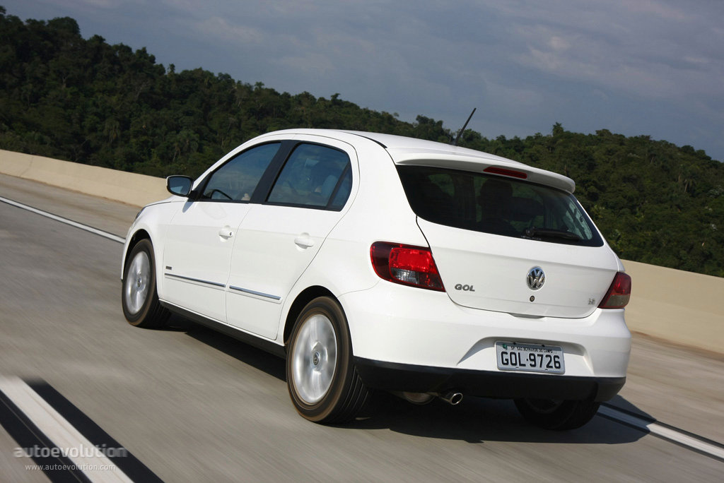 VOLKSWAGEN Gol specs & photos - 2008, 2009, 2010, 2011 ...