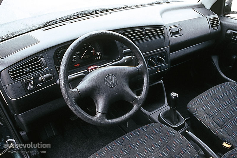 volkswagen golf iii 5 doors specs 1992 1993 1994 1995 1996 1997 autoevolution. Black Bedroom Furniture Sets. Home Design Ideas