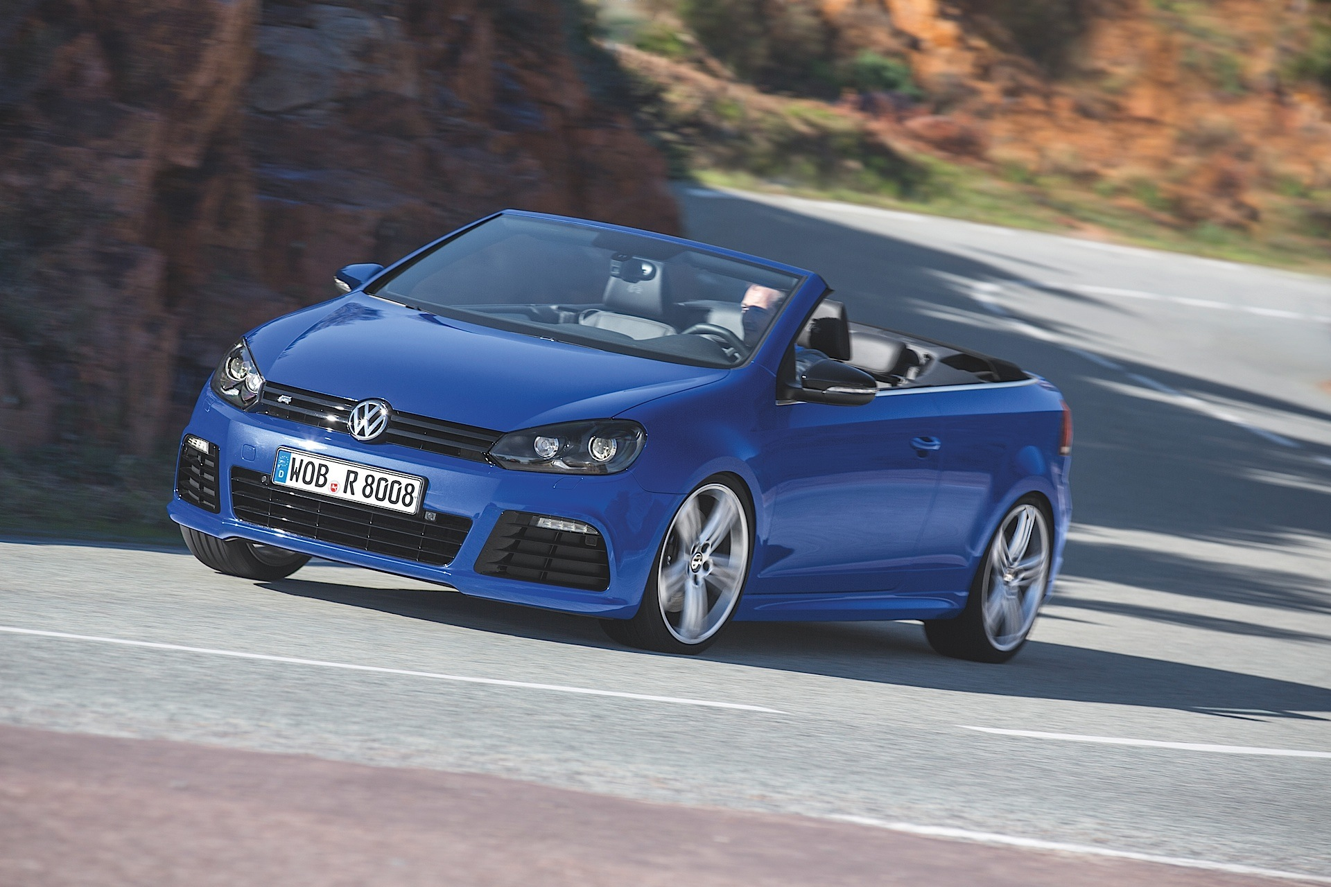 volkswagen golf vi r cabrio specs photos 2013 2014. Black Bedroom Furniture Sets. Home Design Ideas