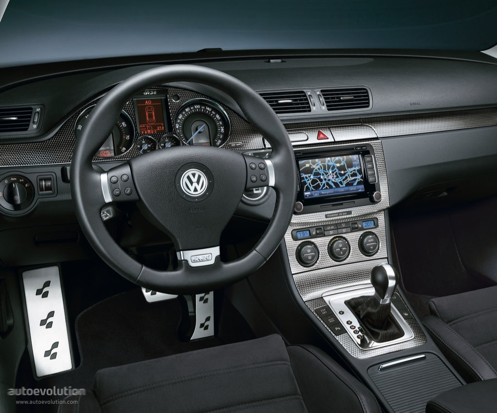 Police Led Lights >> VOLKSWAGEN Passat R36 specs & photos - 2008, 2009, 2010 - autoevolution