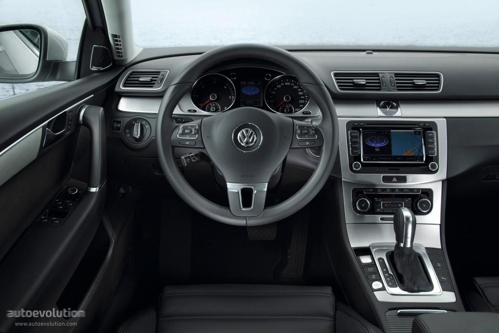 Volkswagen Passat Variant Specs Amp Photos 2010 2011